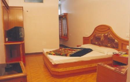 Budget Hotels In Mount Abu With Tariff Near Nakki Lake